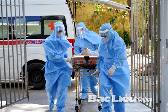 Bệnh viện đa khoa Bạc Liêu: Diễn tập ứng phó phòng, chống dịch bệnh Covid-19