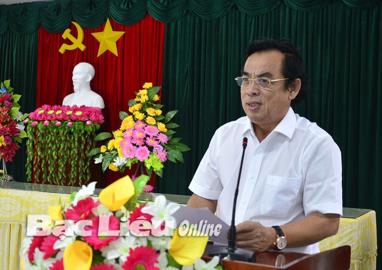 Chủ tịch UBND tỉnh Dương Thành Trung làm việc với Sở GD, KH&CN