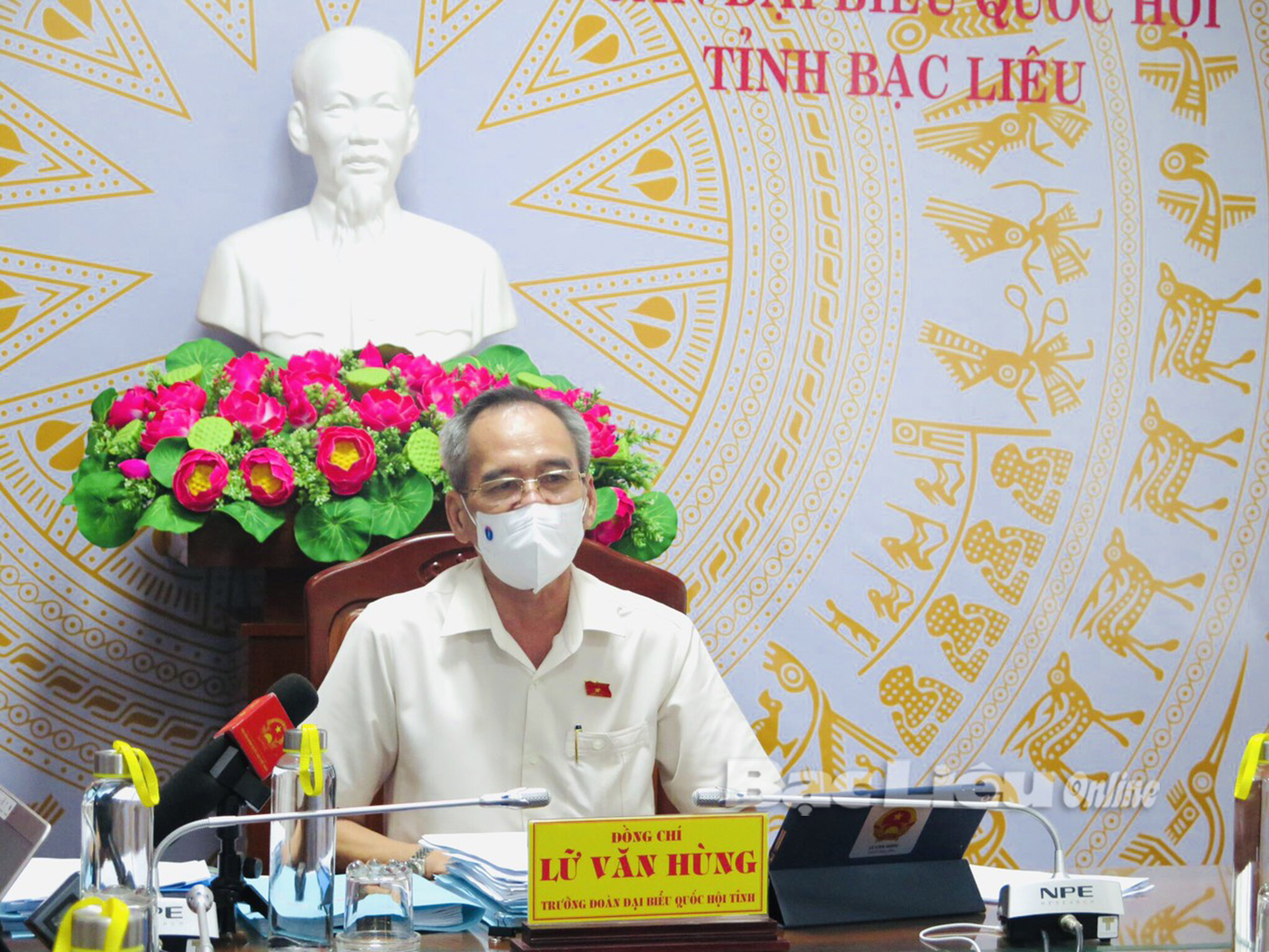 Ngày làm việc thứ 4, Quốc hội thảo luận thêm nhiều dự luật